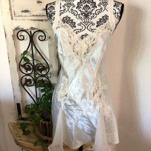Victoria's Secret white slip/nighty lace detail